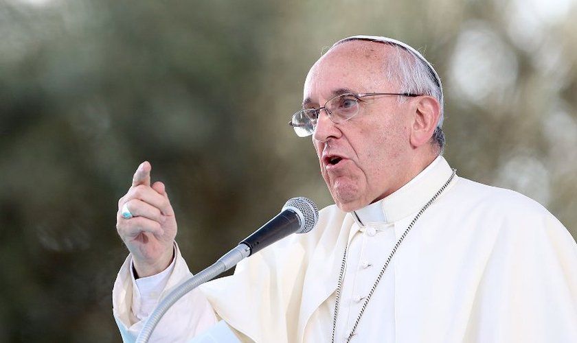 Participação dos leigos e leigas na política: palavra do papa e da CNBB