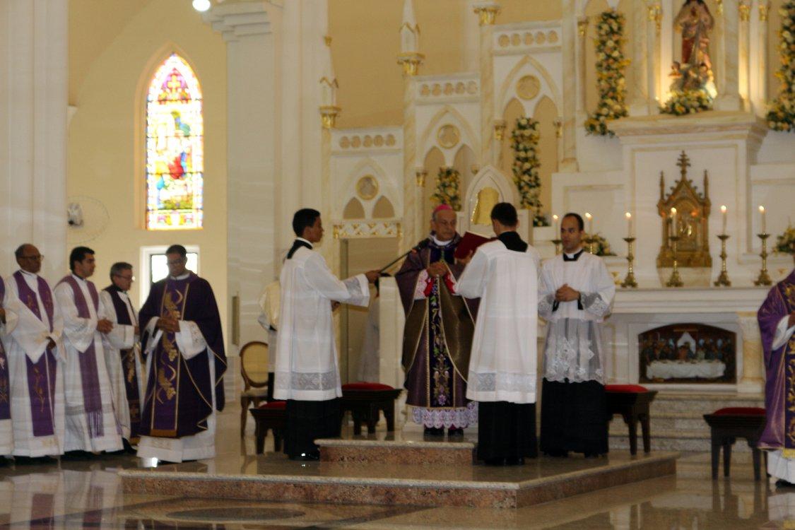 Primeira Missa de Dom Francisco Canindé Palhano